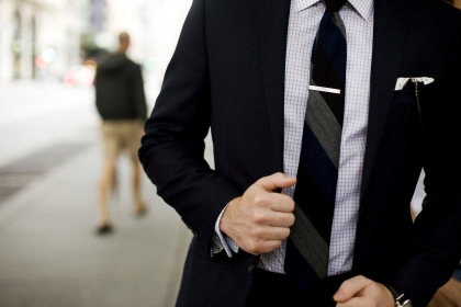 How to Wear a Tie… in History