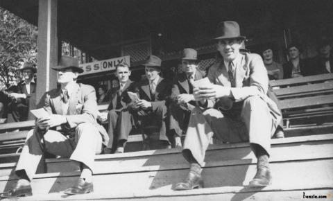 The 1940s Men Fashion History Picture