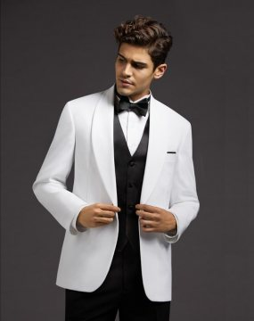 Men and fashion- why hiring suits is always an option